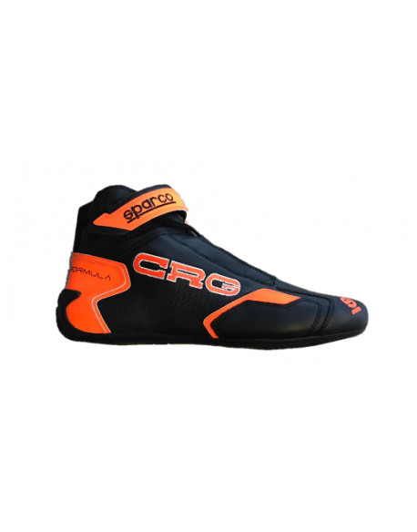 New leather racing shoes